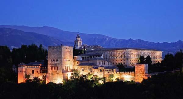 La_Alhambra-denoche